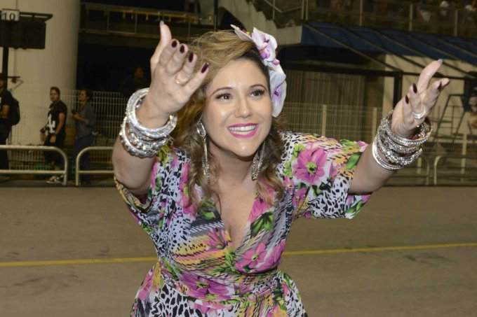 Maria Rita desfila com enredo em homenagem à Elis Regina