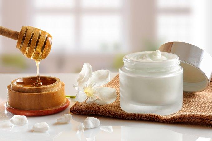 Melhores ativos naturais para pele oleosa – mel