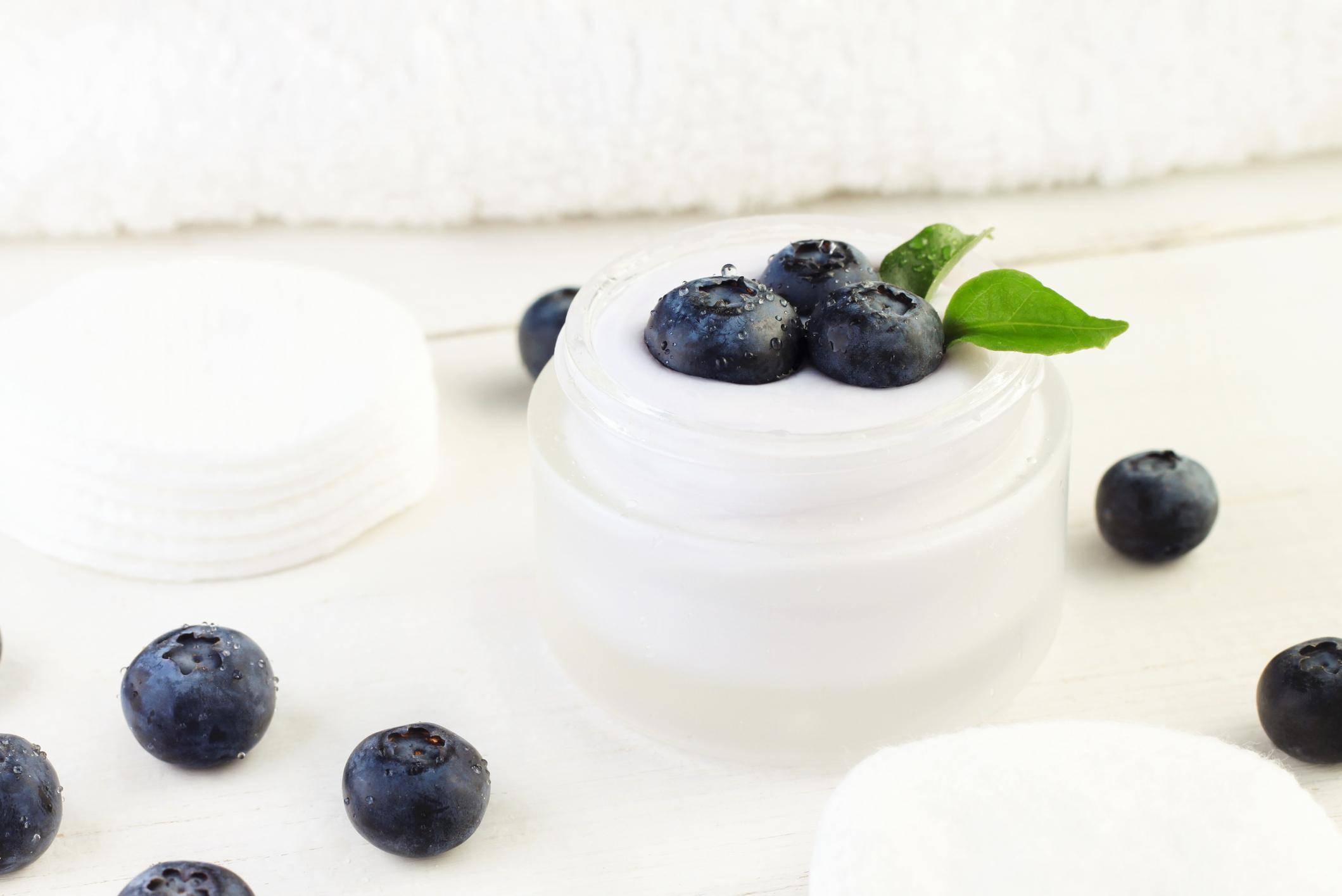 Melhores ativos naturais para pele oleosa - mirtilo