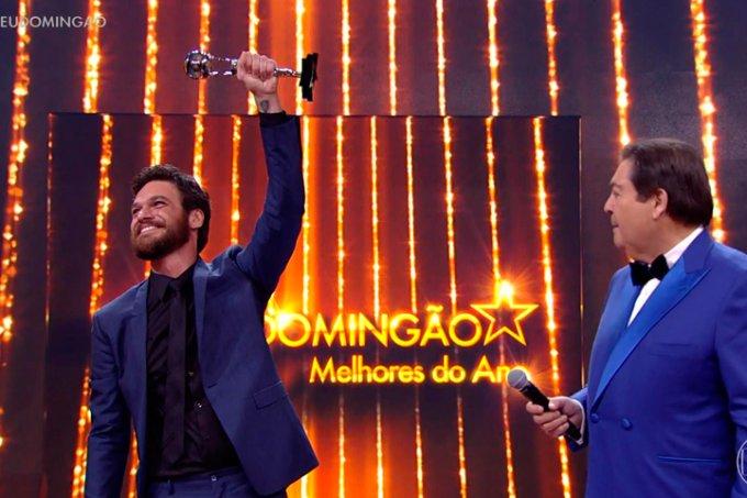 Melhores do Ano 2017, Emílio Dantas ganha prêmio de Ator Coadjuvante