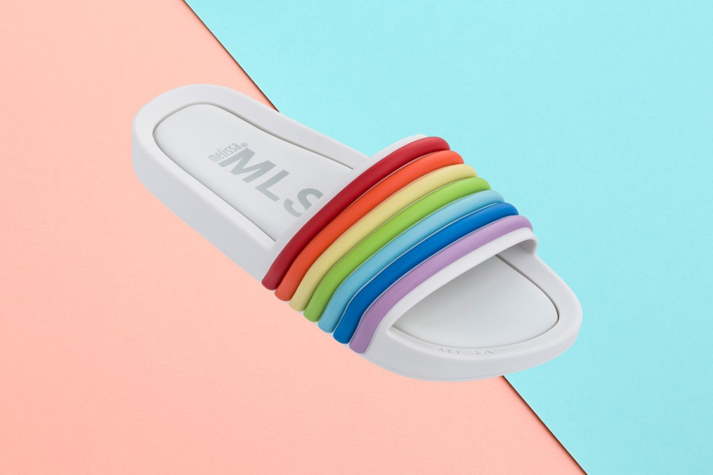 melissa-beach-slide-rainbow