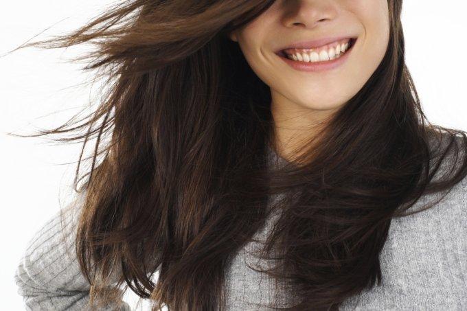 mulher-cabelos-ao-vento-28867-1