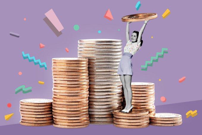 Mulher economizando dinheiro