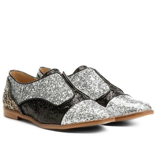 <span>Oxford,<strong> Shoestock</strong>,</span><span>R$ 161,42</span>