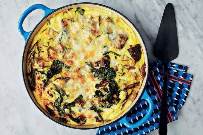 omelete-assada-cogumelos-frescos-pinolis-1
