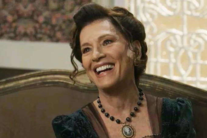 Resumo da novela Orgulho e Paixão, Lady MArgareth