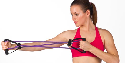 Faixa elástica ajuda a tonificar os músculos