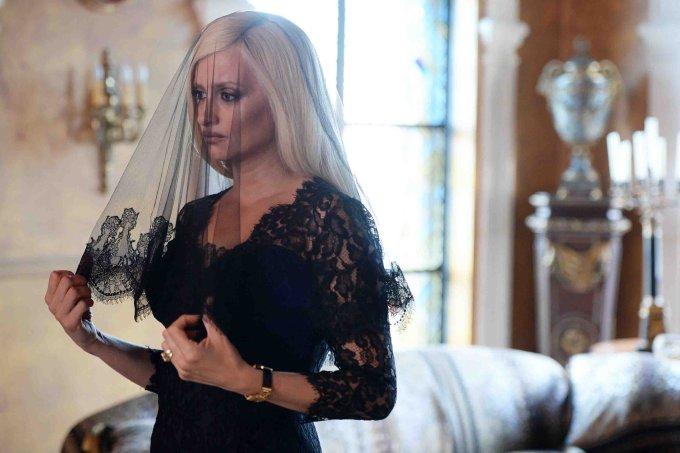 Penélope Cruz – Donatella Versace