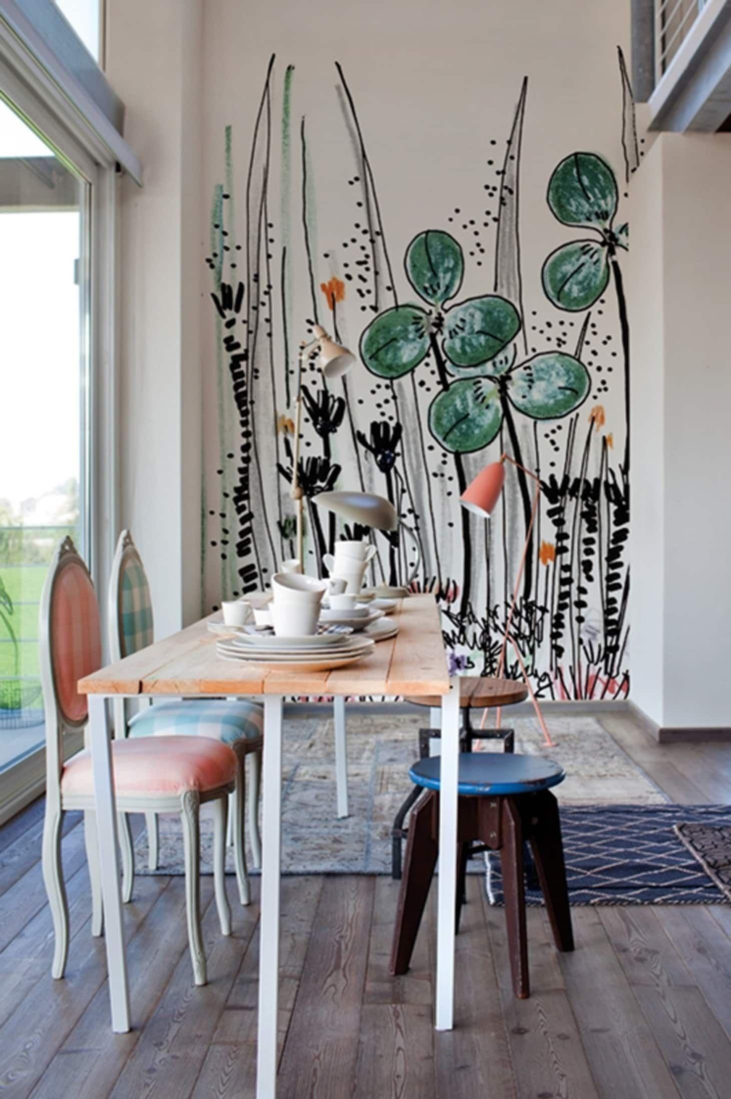 Pintura floral na parede