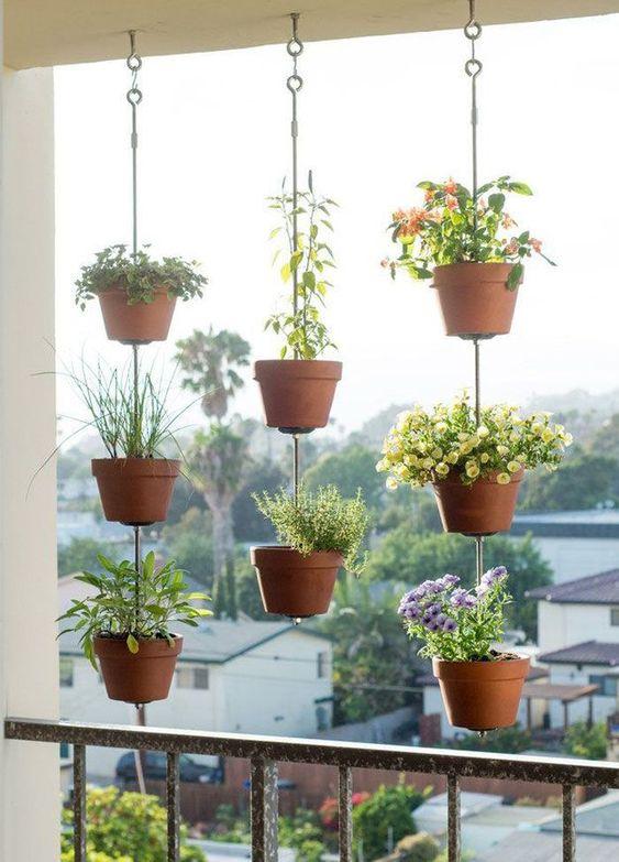 Formas legais de colocar plantas na varanda