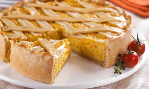 Torta cremosa de milho verde