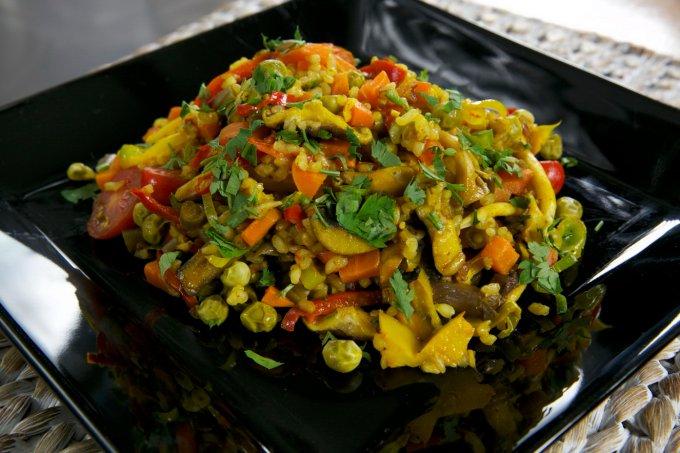 Receitas saudáveis e saborosas para o inverno – Paella vegetariana
