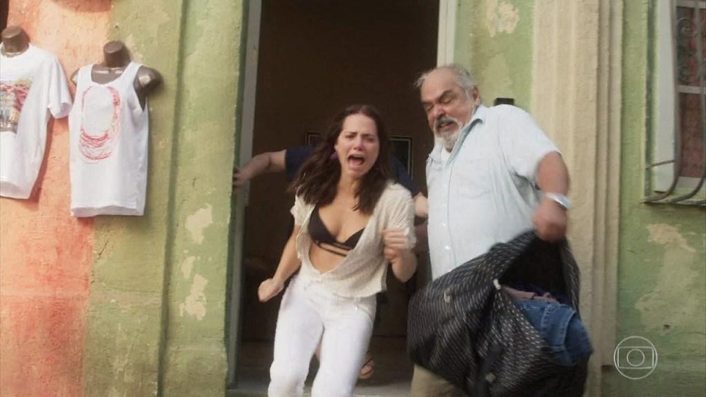 Rosa é expulsa de casa na novela Segundo Sol