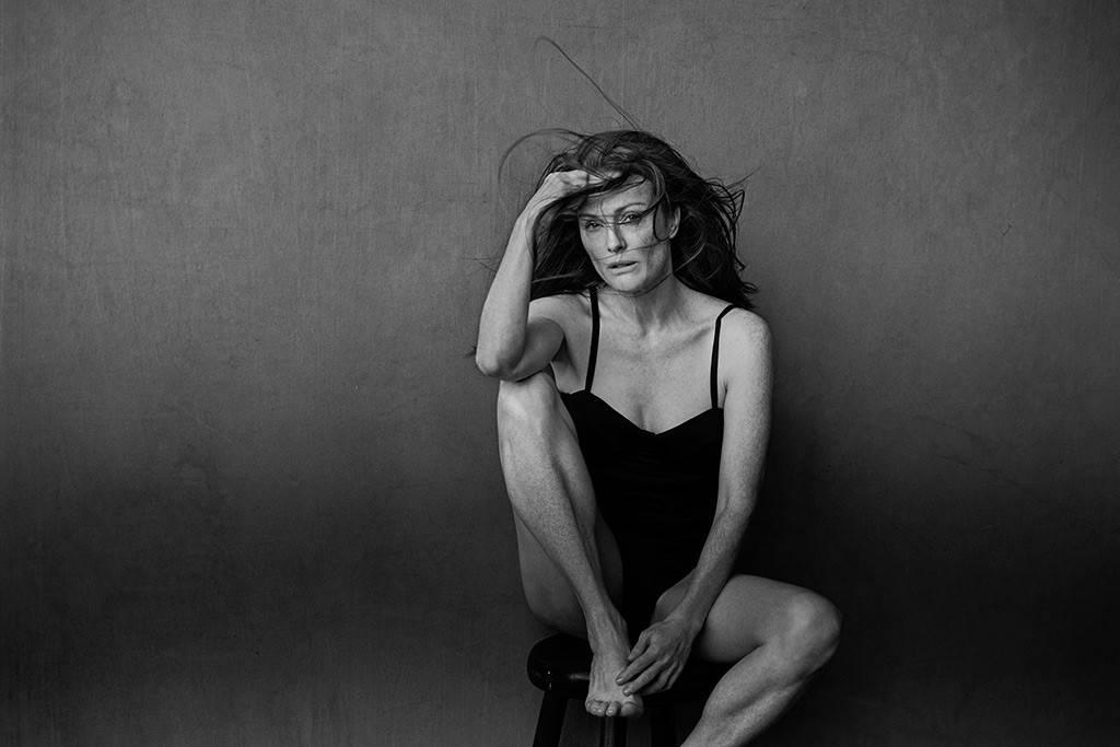 julianne-moore-pirelli-2017