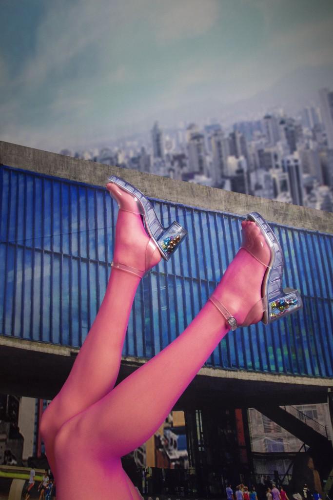 """O modelo """"São Paulo"""", da Melissa + Patrick Cox"""