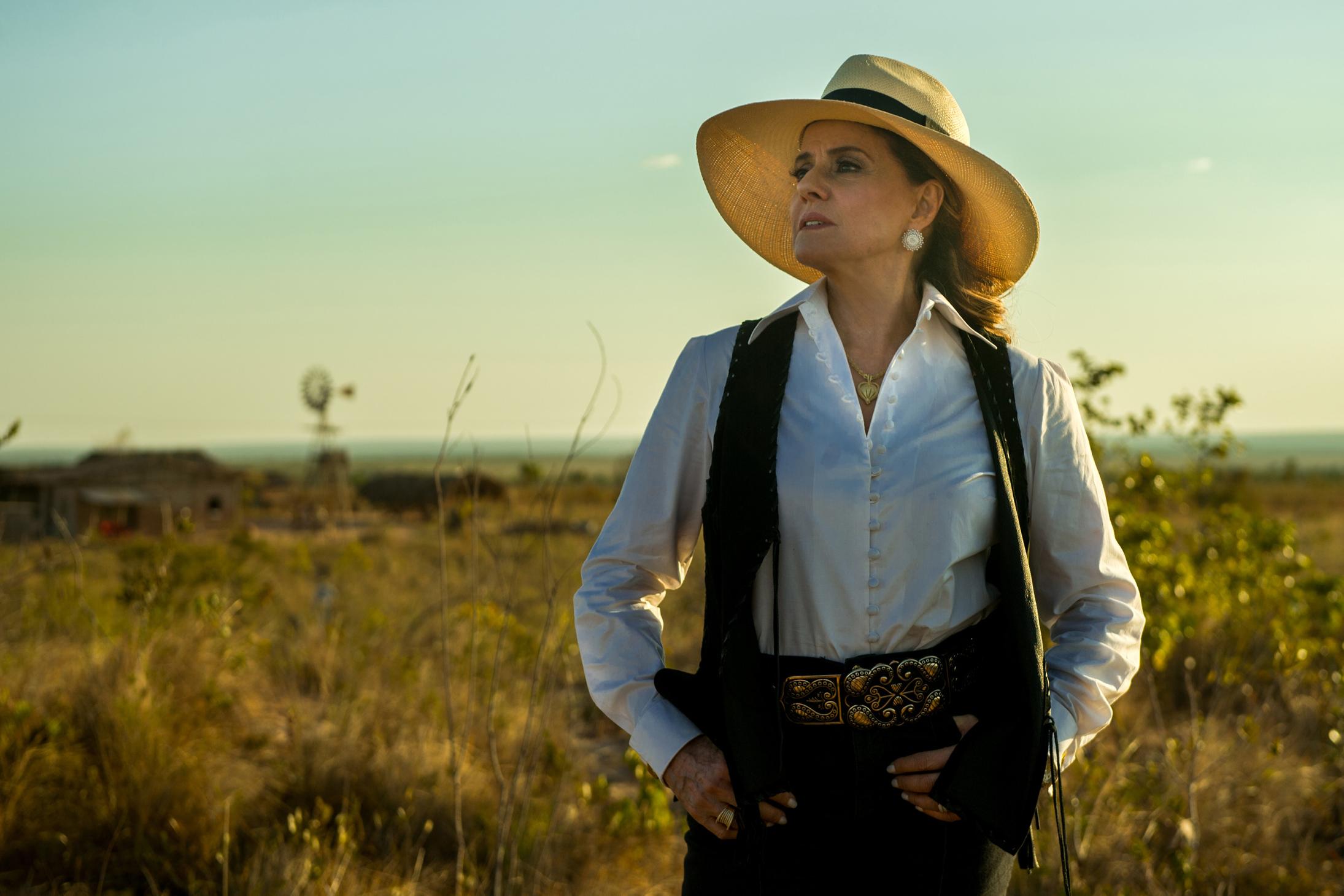 """Sophia (Marieta Severo), em """"O Outro Lado do Paraíso"""""""