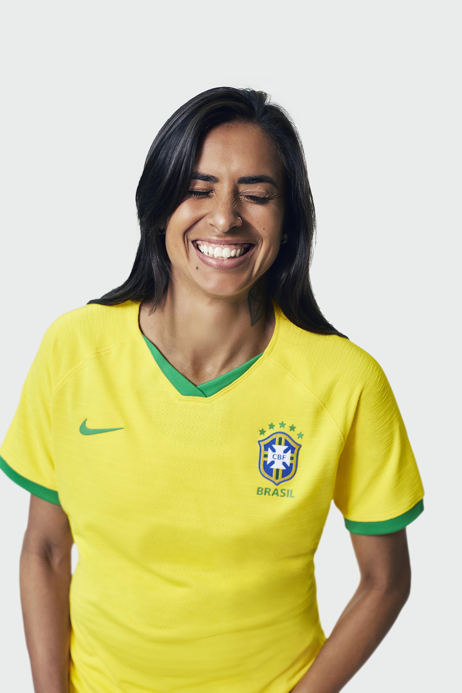 uniforme-da-selecao-feminina-de-futebol