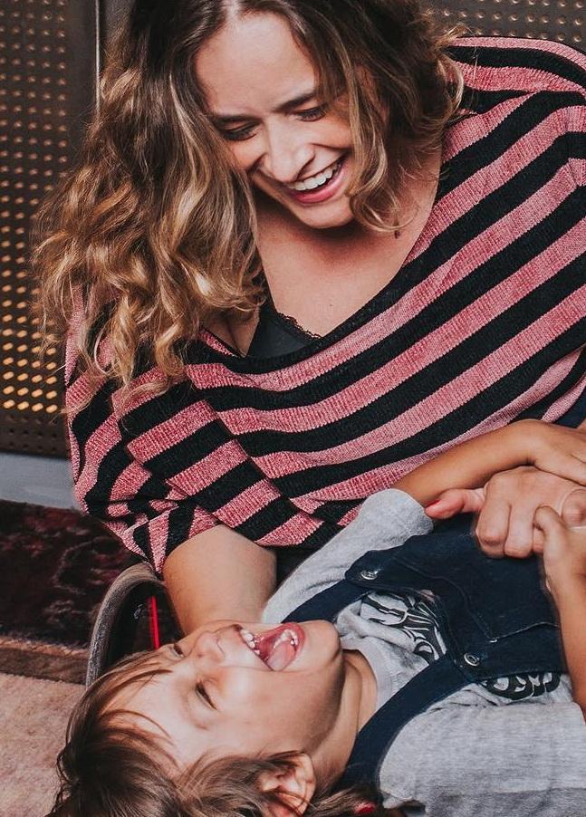 Tabata Contri - mãe com deficiência