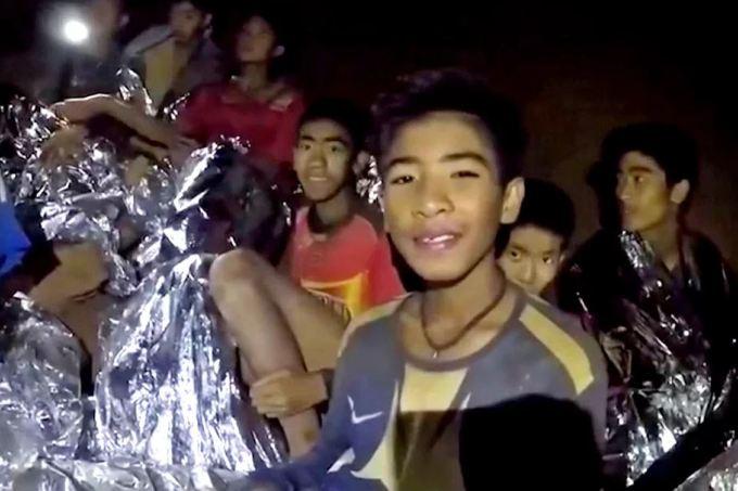 tailandia-meninos