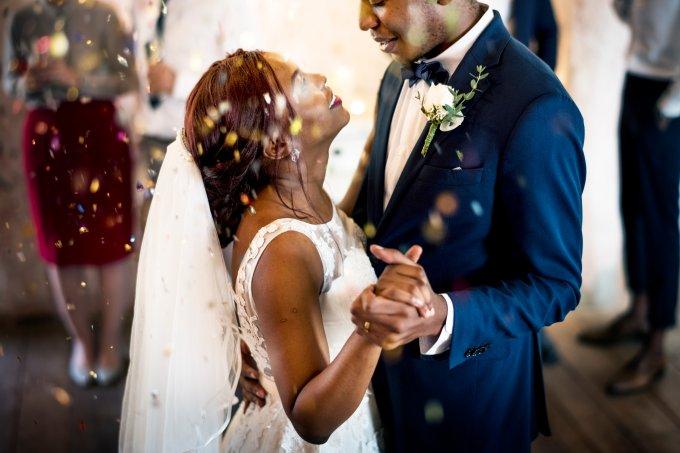 10 músicas diferentes para embalar sua cerimônia de casamento