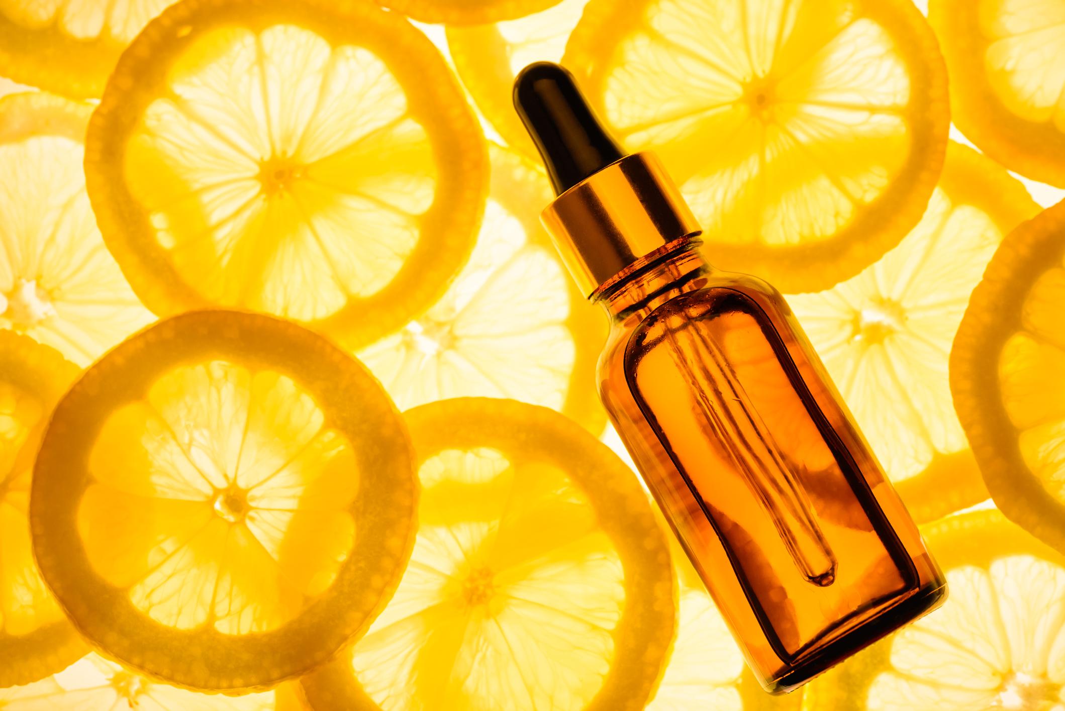 Vitamina C: contamos como e por que o nutriente pode salvar a sua pele