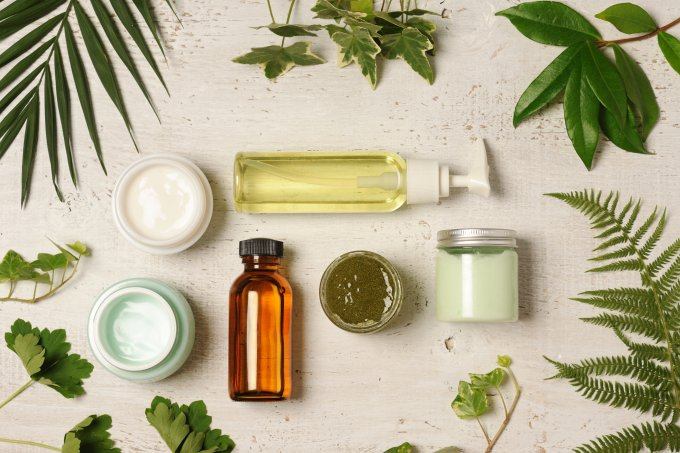 Dicas de ouro de dermatologistas para tratar acne e pele oleosa