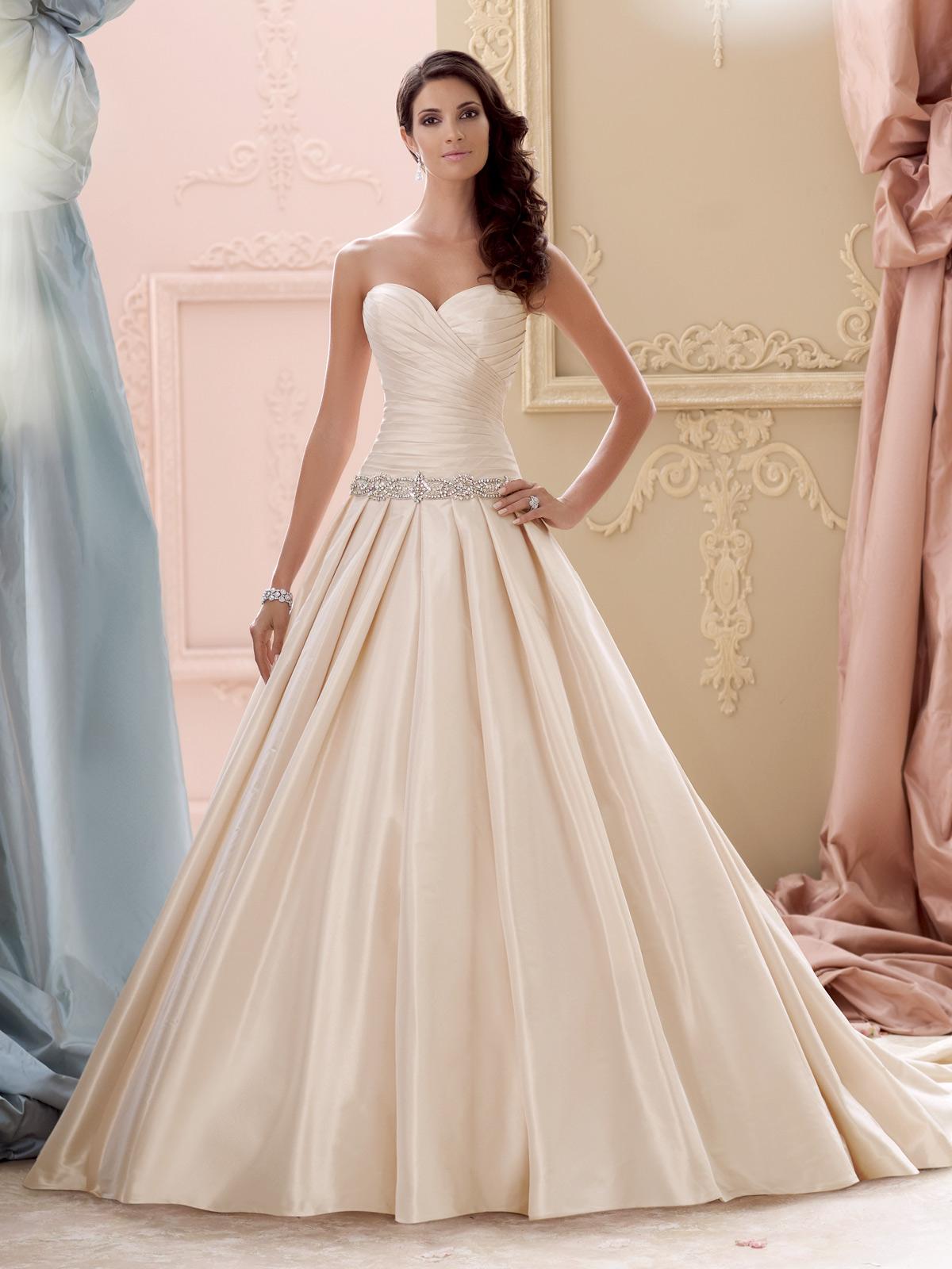 23 vestidos de noiva em tom champagne