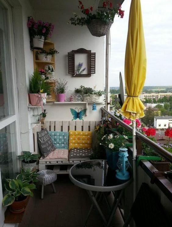 inspiração de varanda bem alegre com toques vintage