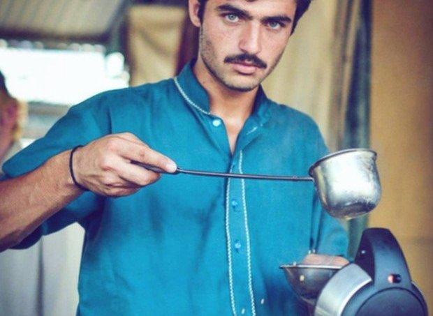 vendedor_de_cha_paquistanes-1