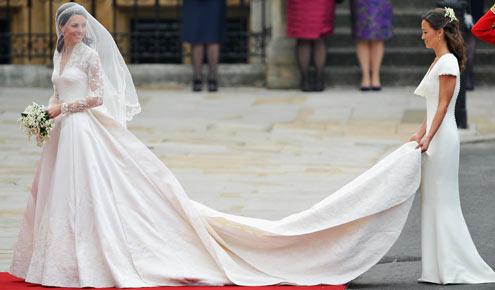 Veja todos os detalhes do vestido de noiva de Kate Middleton