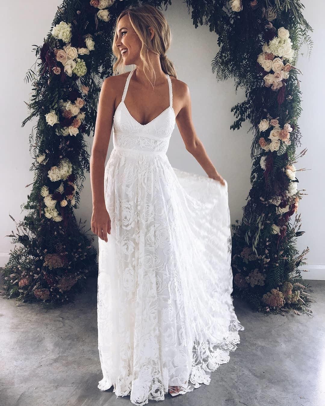Vestido de noiva reto