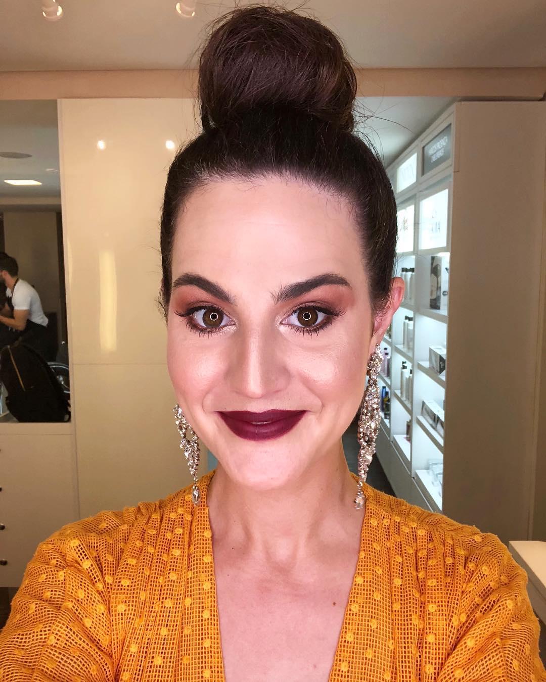 Penteados e maquiagens para madrinhas de casamento