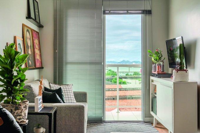 apartamento-54-m2-decorado-pelos-moradores-em-40-dias-sala-estar-neutra