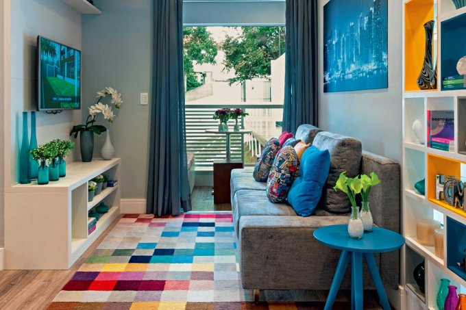 apartamento-de-55m2-tem-projeto-moderno-e-colorido-sala-estar