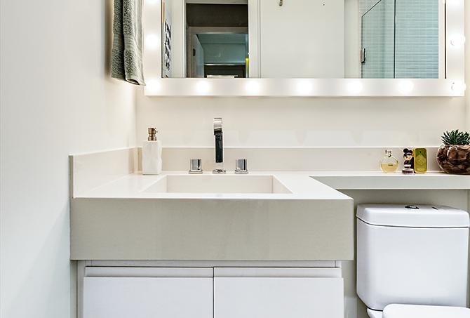 apê-de-60-m2-projeto-aposta-em-móveis-feitos-sob-medida-banheiro