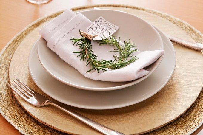 Aprenda a fazer um marcador para mesa com alecrim (2)