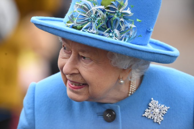 Rainha Elizabeth apoio Harry