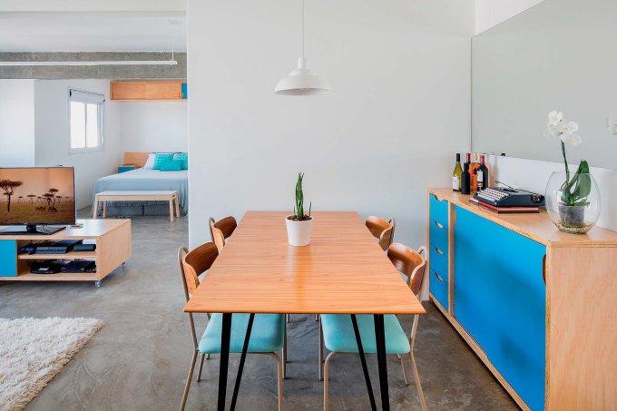 marcenaria-integra-e-da-privacidade-neste-ape-de-45-m²-02