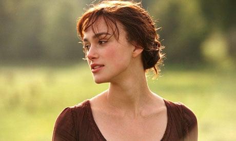 Atriz Keira Knightley interpretando Lizzie, personagem de Jane Austen