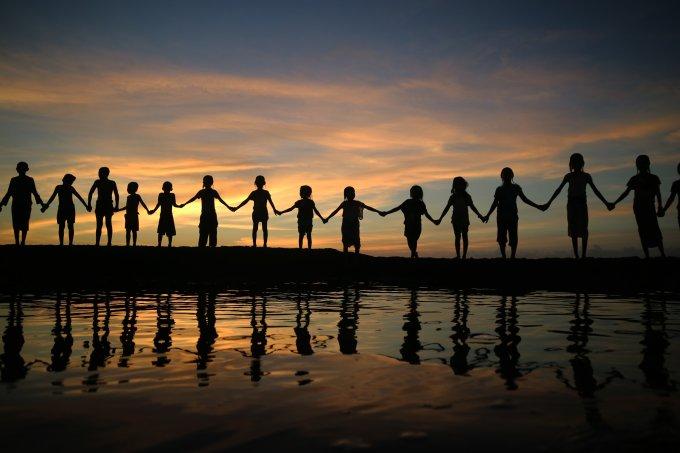 crianças solidariedade