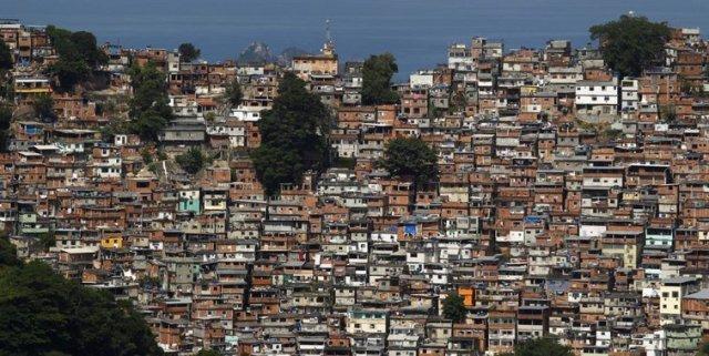 Favela-Cidade-de-DEsua-Coronavirus