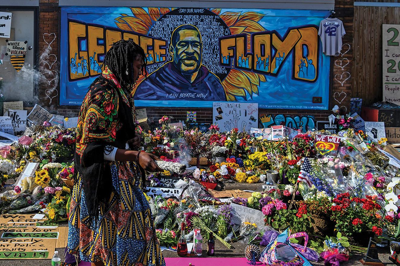 George Floyd deixou uma filha de 6 anos, Gianna, e a esposa, Roxie Washington. As manifestações após sua morte duraram semanas nos Estados Unidos