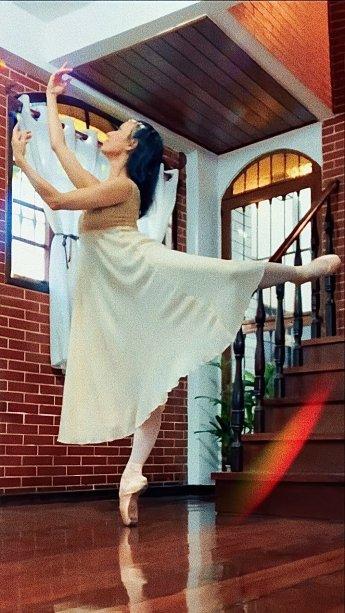 "Claudia Mota escolheu ""Julieta"" como seu papel favorito"