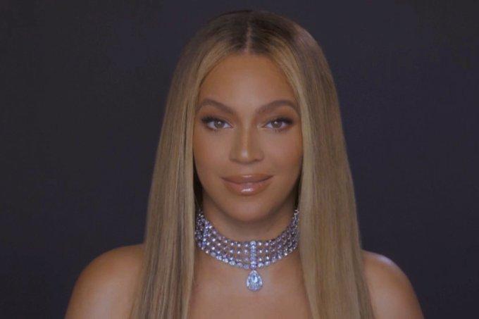 Beyoncé lança trailer de seu novo álbum visual