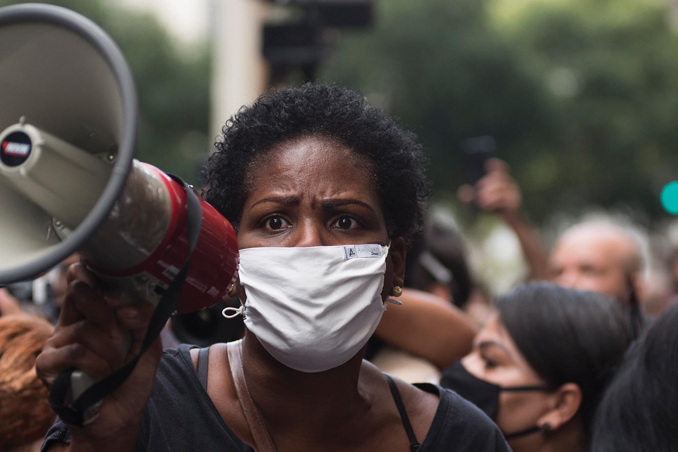 As manifestações que aconteceram no Rio de Janeiro tiveram advogados negros na linha de frente para evitar confronto