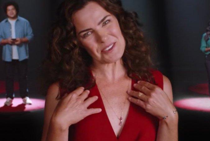 Ana Paula Arósio reparece em comercial