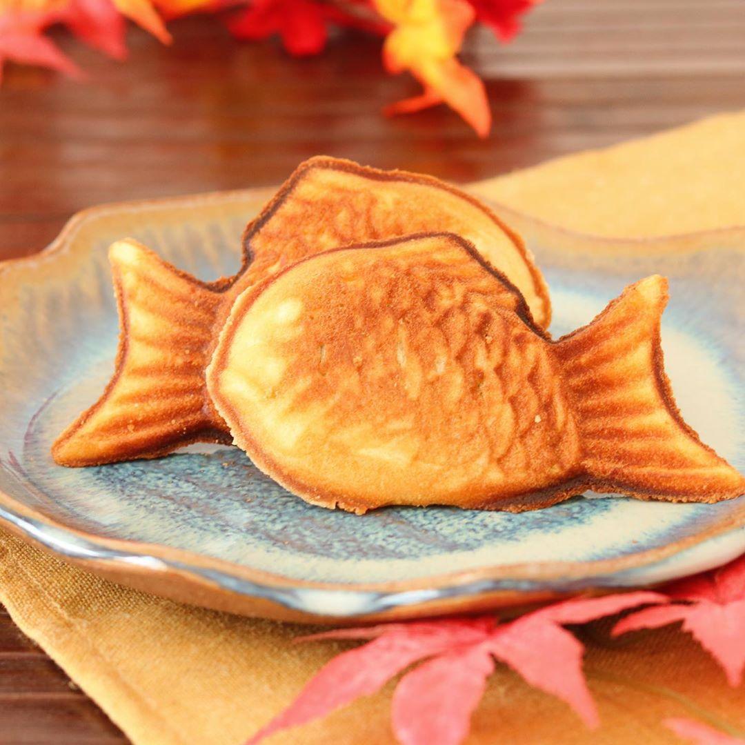 Taiyaki (bolinho crocante recheado com doce de feijão em formato de peixe)