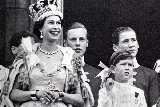 Rainha Elizabeth Príncipe Charles