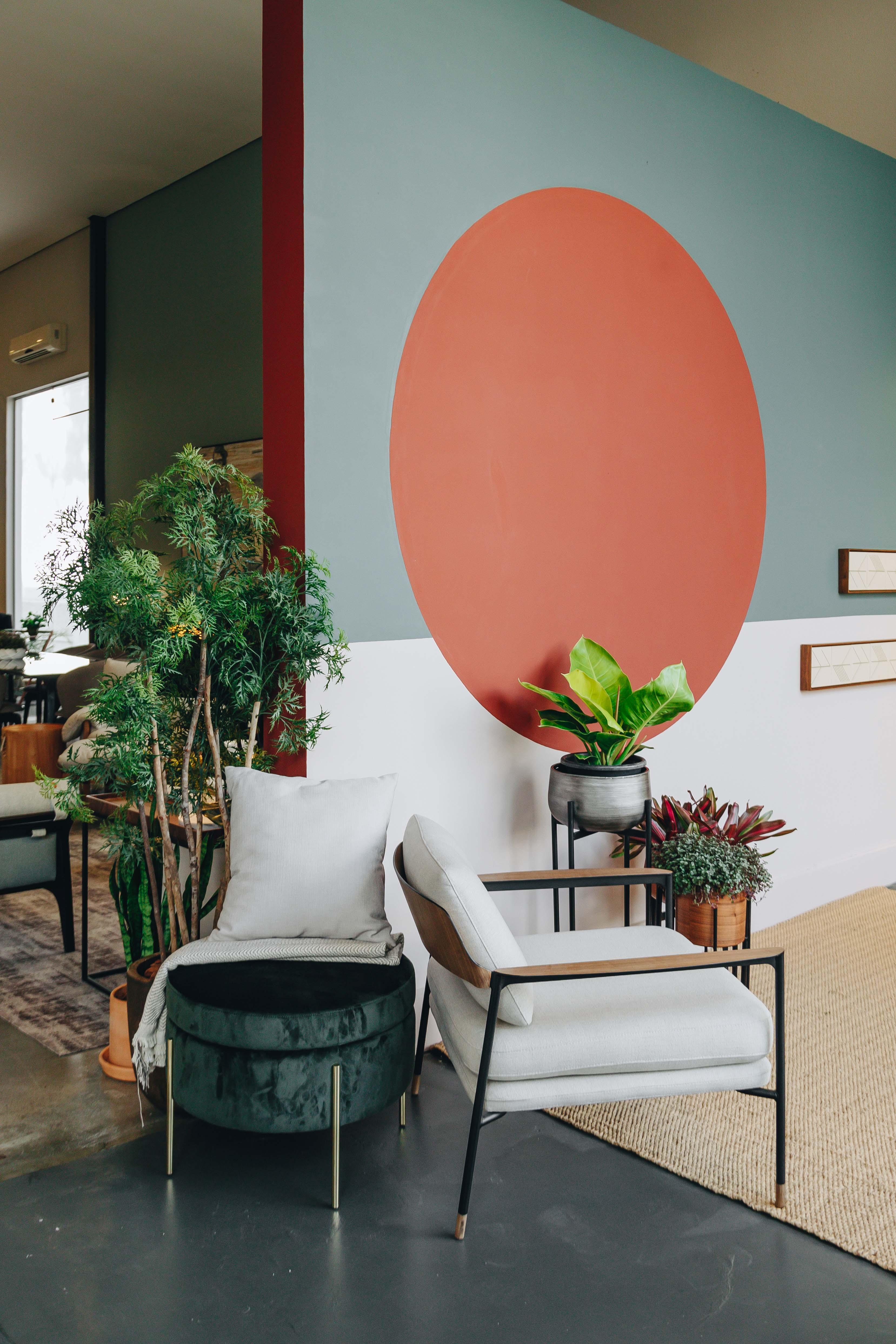 quarto de 16 m² ganha décor perfeito para o verão