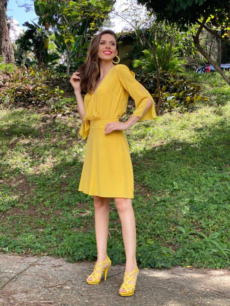 O amarelo illuminating é uma das cores de 2021 escolhidas pela Pantone